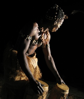 Percussion et ceremonie bwiti au Gabon